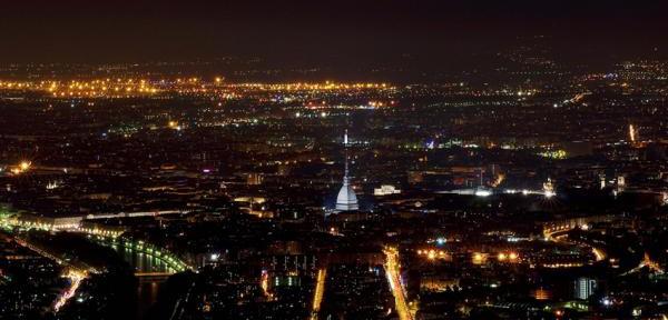 Torino-by-night.jpg
